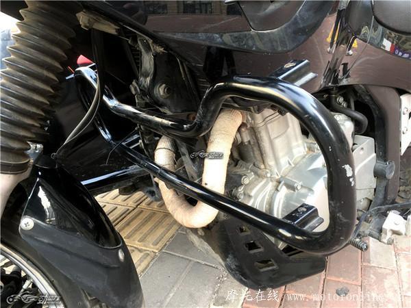 嘉陵600的原车电瓶实在不敢恭维,换装的大电